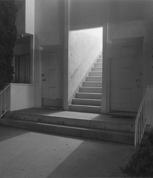 Night Walk No.21, 1998 De la série Sunset Park © Henry Wessel; courtesy Pace/ MacGill Gallery, New York
